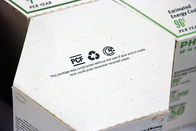 Sustainable_LED_lightbulb_packaging_redesign